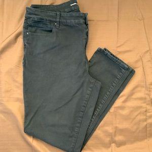 Chico's Black Stretch Cotton 5 Pocket Jegging EUC